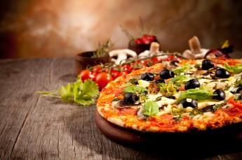 Duszniki-Zdrój Restauracja Pizzeria polska włoska Straszny Dwór